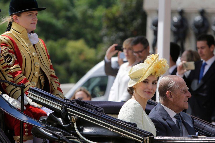Letizia Et Felipe En Visite Chez La Reine Elizabeth II 19