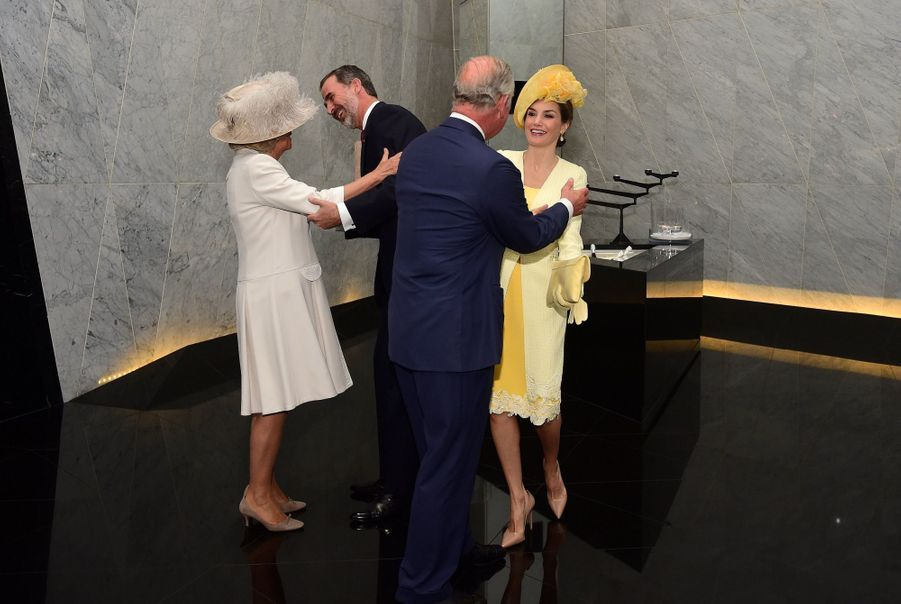 Letizia Et Felipe En Visite Chez La Reine Elizabeth II 2