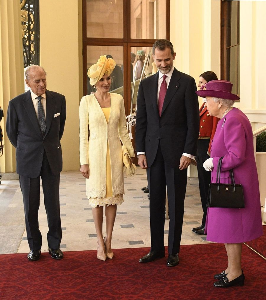 Letizia Et Felipe En Visite Chez La Reine Elizabeth II 29