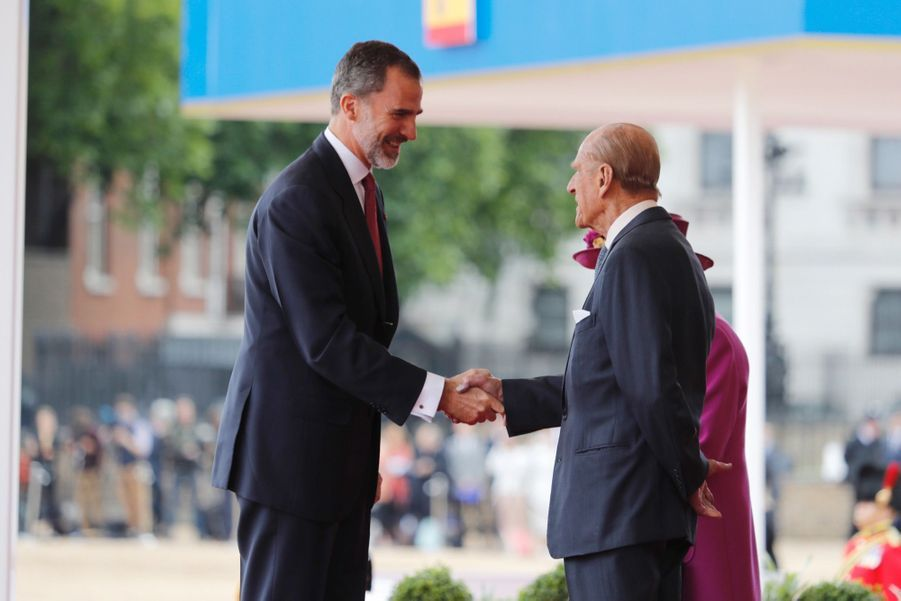 Letizia Et Felipe En Visite Chez La Reine Elizabeth II 33