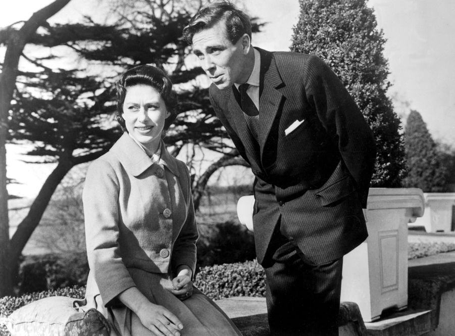 La princesse Margaret et Lord Snowdon, lors de l'annonce de leurs fiançailles, le 27 février 1960.