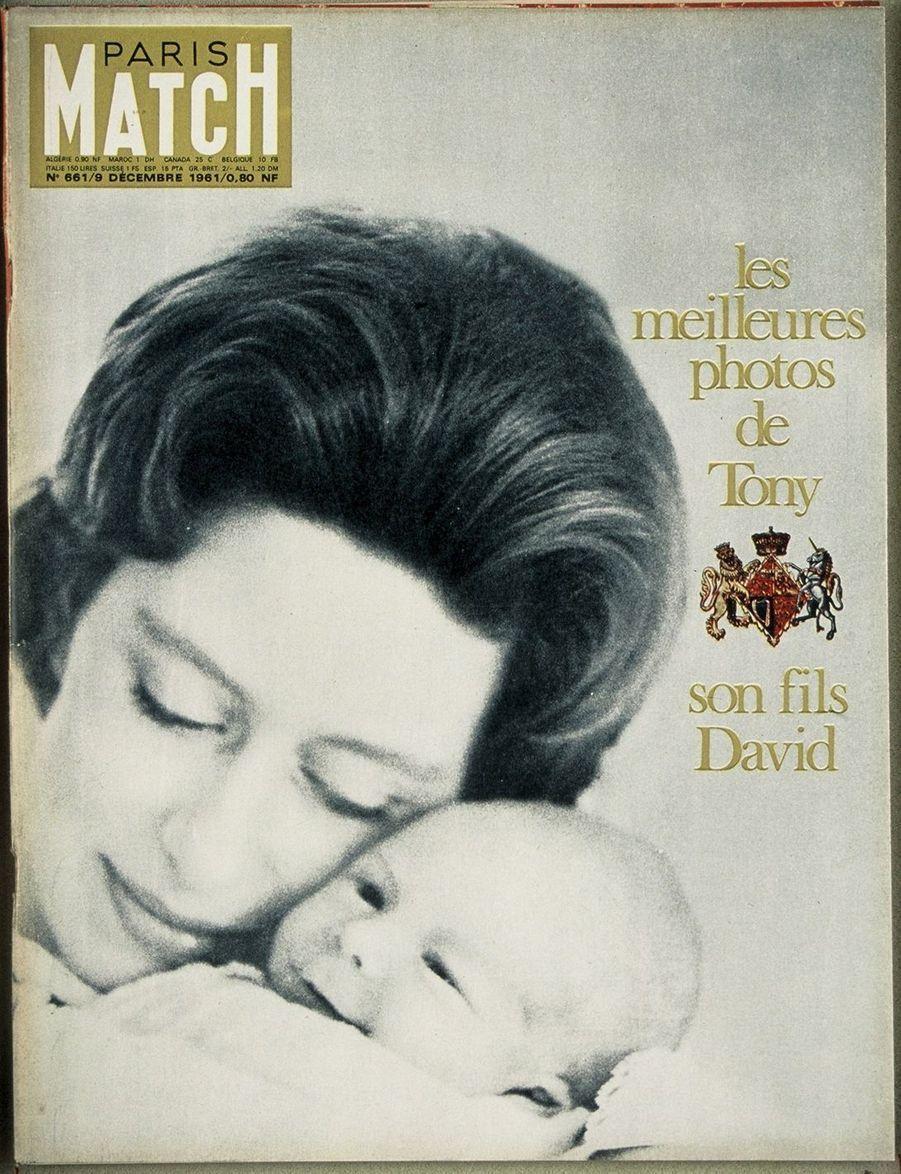 La princesse Margaret et leur fils David, en décembre 1961