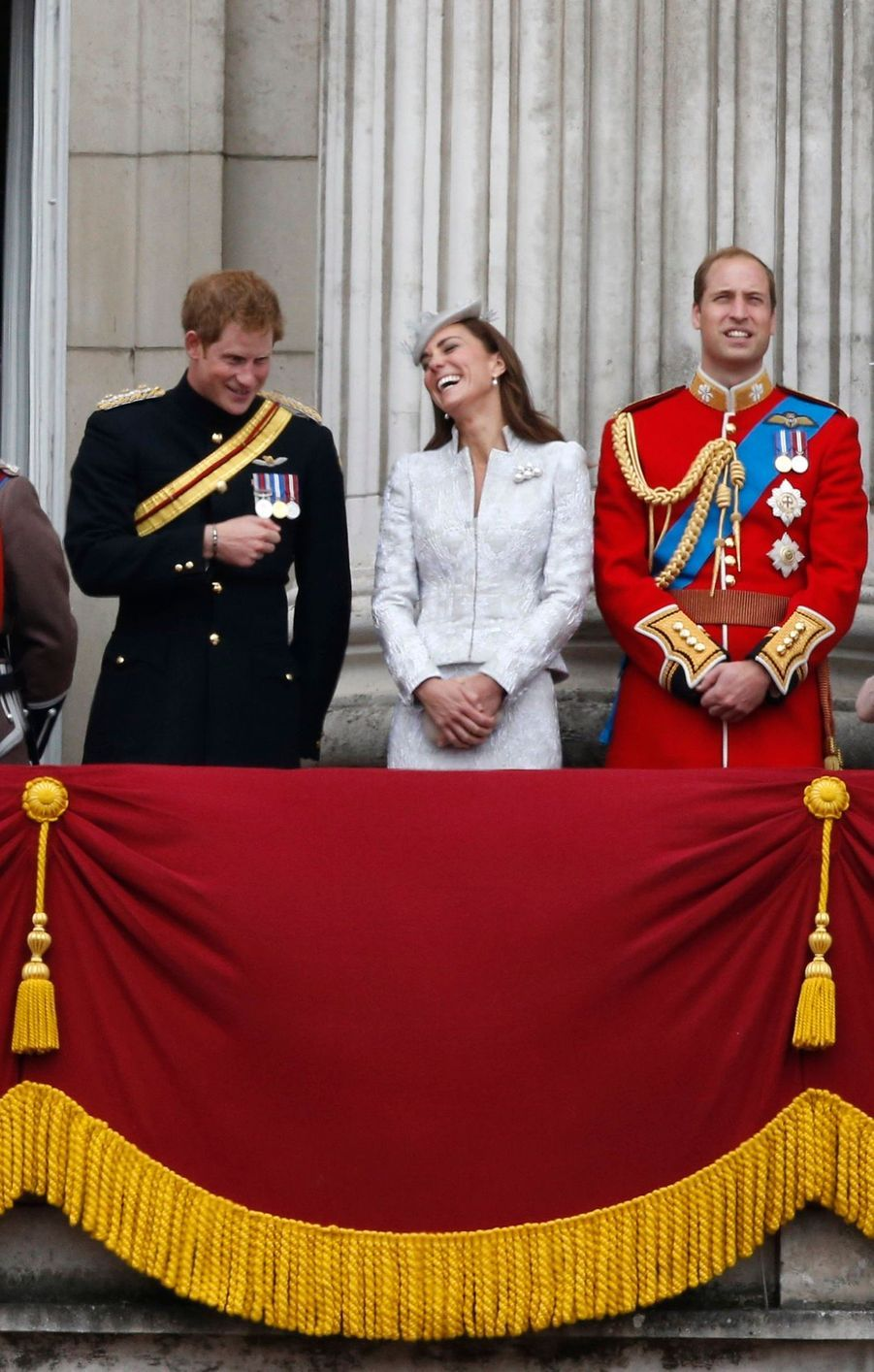 Kate, William et Harry complices au balcon de Buckingham, le 14 juin 2014