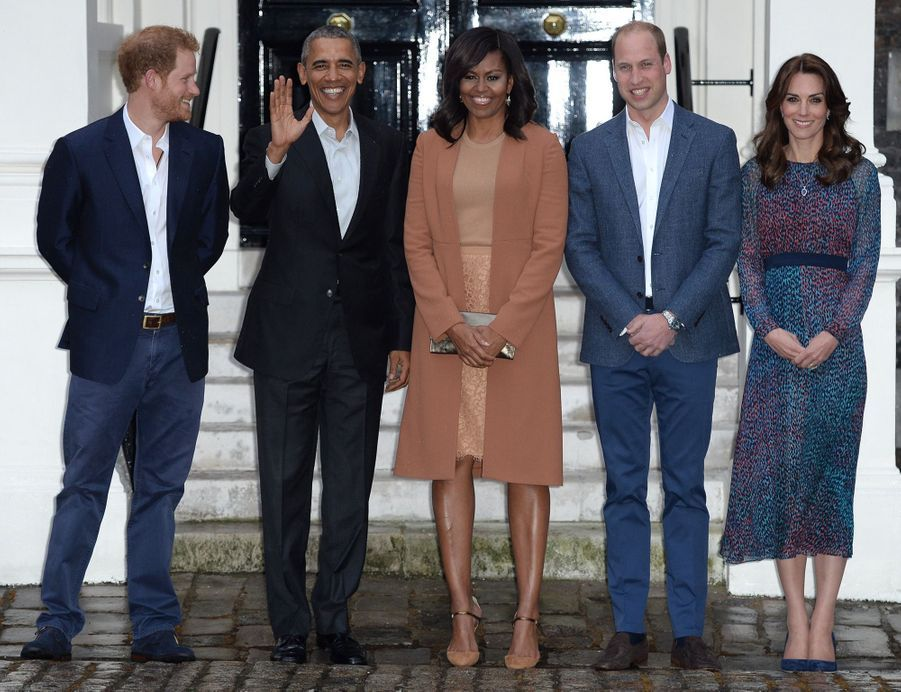 Kate, William et Harry reçoivent le couple Obama à Kensington palace, le 22 avril 2016.
