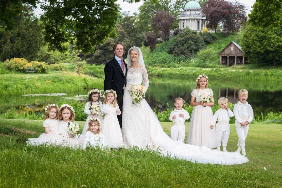 Photo officielle du mariage de Lady Gabriella Windsor et de Thomas Kingston, le 18 mai 2019 dans le parc de Frogmore House