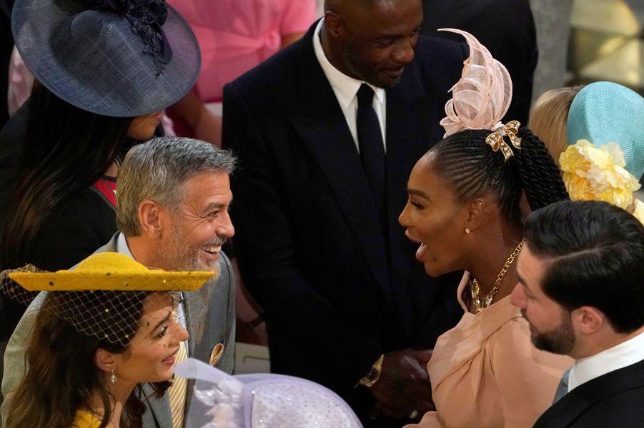 Moment de complicité entreGeorge Clooney et Serena Williams.