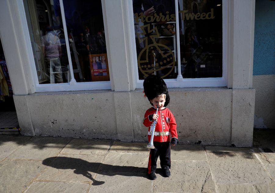 Folie Royale Dans Les Rues De Windsor ( 7