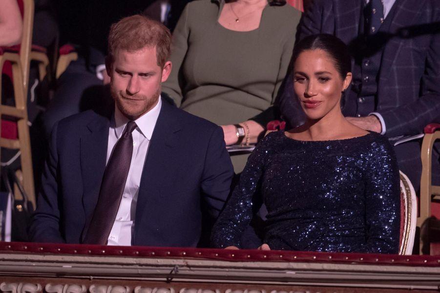 Le duc et la duchesse de Sussex étaient au Royal Albert Hall de Londres, mercredi soir, pour une représentation de TOTEM, la dernière création du Cirque du Soleil.
