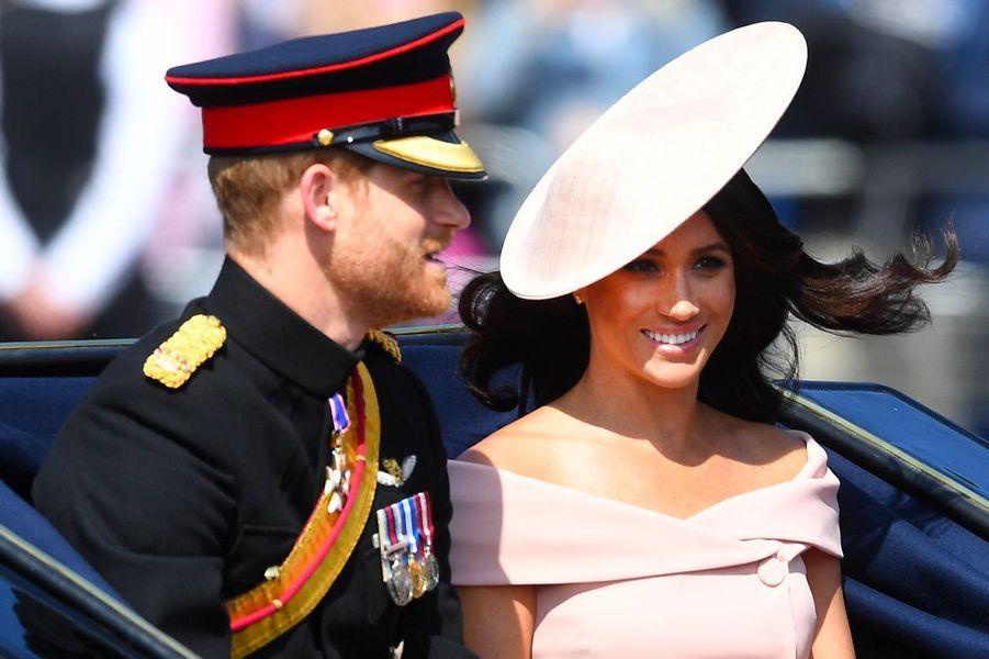 Meghan Markle et le prince Harry arrivent au Trooping the colour
