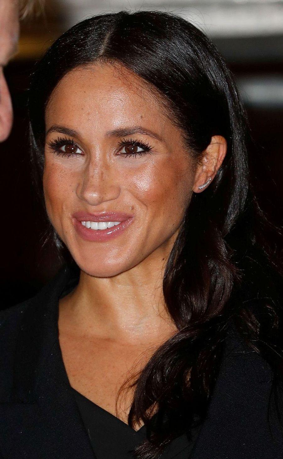 La Duchesse de Sussex avait assisté au concert du souvenir au Royal Hall de Londres auprès de son mari.