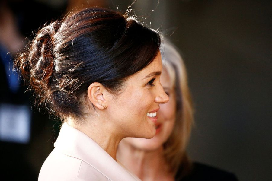 Le chignon de Meghan Markle, la duchesse de Sussex, à Londres le 30 janvier 2019