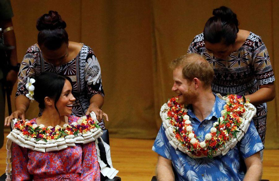 Meghan Et Harry À L'Université Du Pacifique Sud ( 6