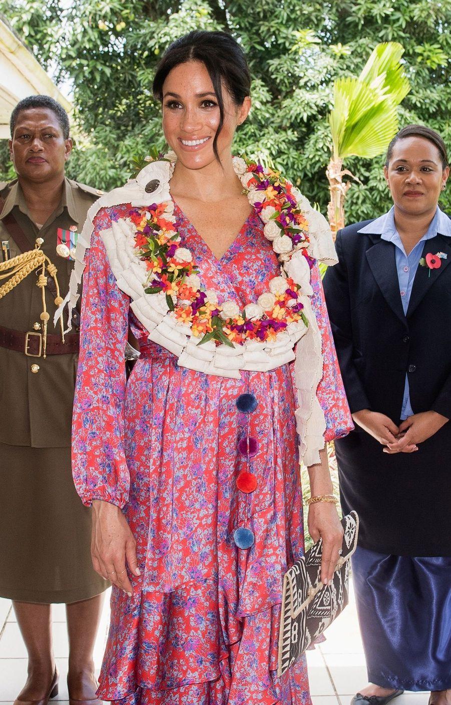 Meghan Prend Le Thé Chez Le Haut Commissaire Britannique ( 9