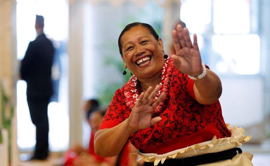 Meghan Et Harry Au Royamue De Tonga ( 1