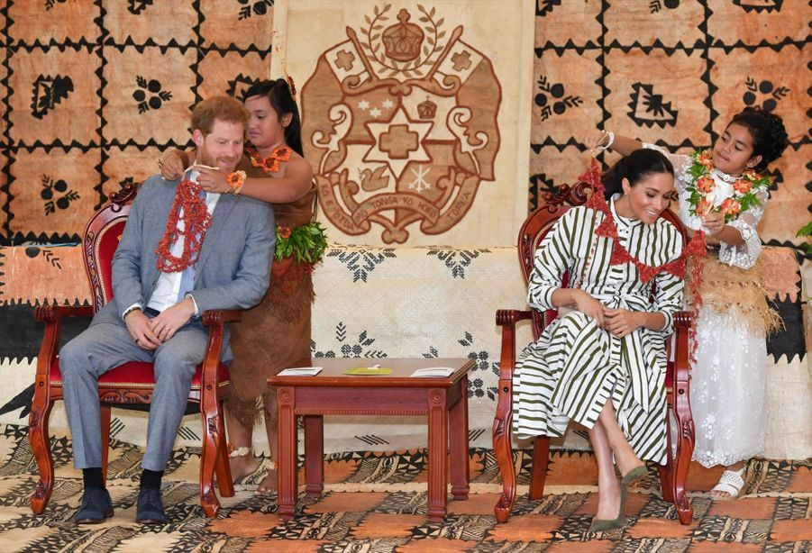 Meghan Et Harry Au Royamue De Tonga ( 14