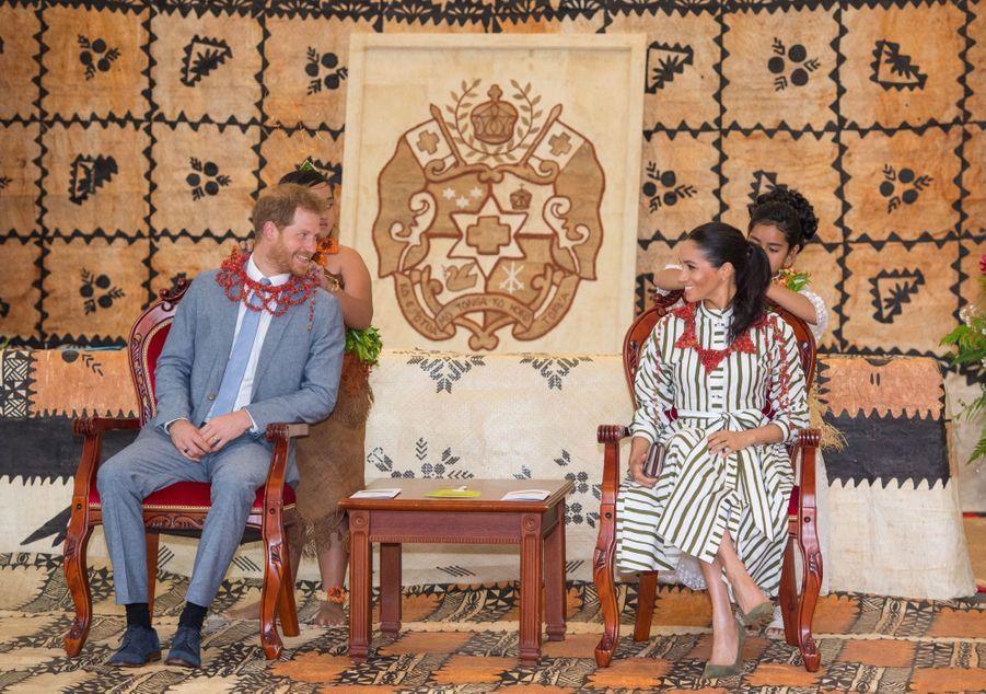 Meghan Et Harry Au Royamue De Tonga ( 18