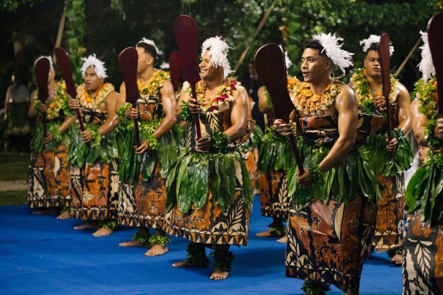 Meghan Et Harry Au Dîner D'Etat Du Roi Tupou VI Du Tonga ( 8