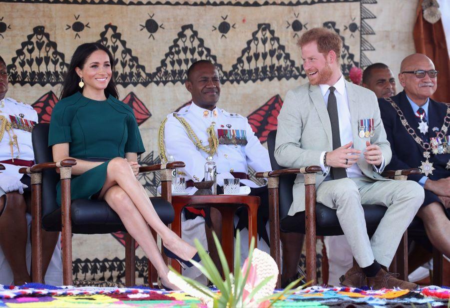 Meghan Et Harry Disent Au Revoir Aux Fidji ( 13
