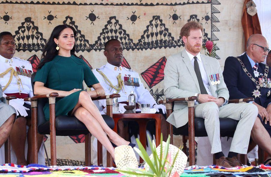 Meghan Et Harry Disent Au Revoir Aux Fidji ( 8