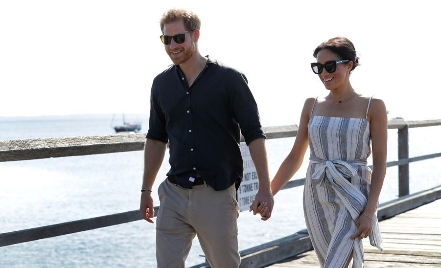 Meghan Et Harry, Promenade À Kingfisher Bay ( 13