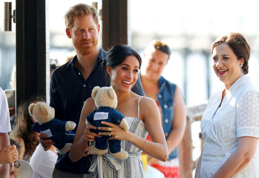 Meghan Et Harry, Promenade À Kingfisher Bay ( 5
