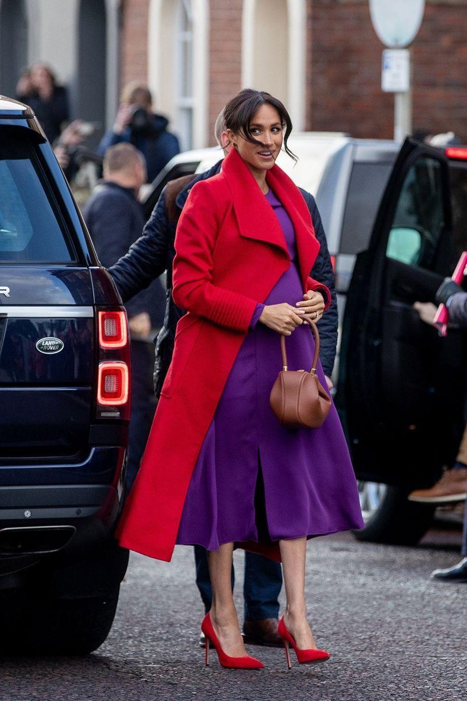 Meghan Markle enrobe Aritzia et manteau Bojana Sentaler à Londres, le 14 janvier 2019
