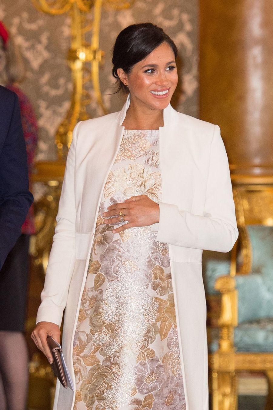 Meghan Markle enAmanda Wakeley à Buckingham Palace, le 5 mars 2019