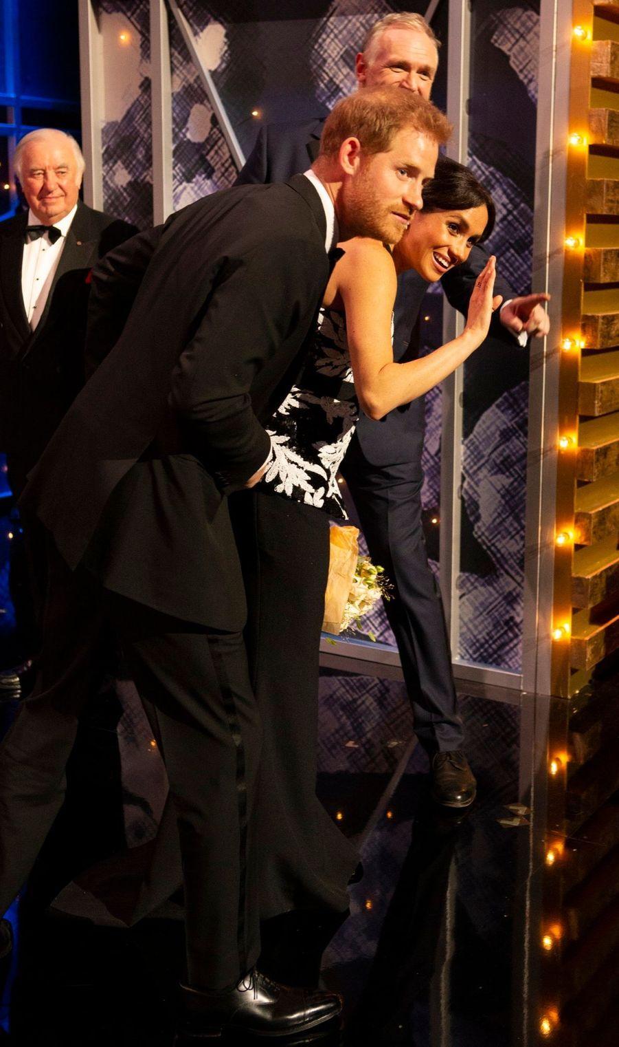Meghan Et Harry Au Royal Variety Performance ( 10