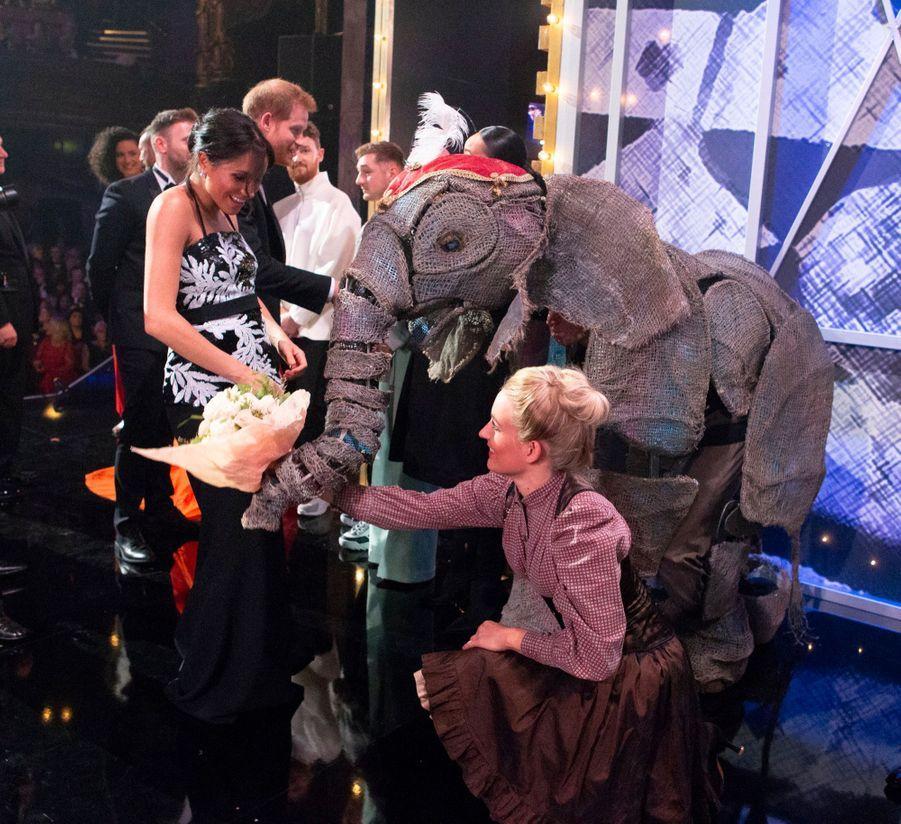 Meghan Et Harry Au Royal Variety Performance ( 11