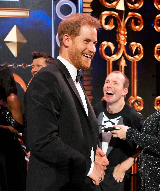 Meghan Et Harry Au Royal Variety Performance ( 16