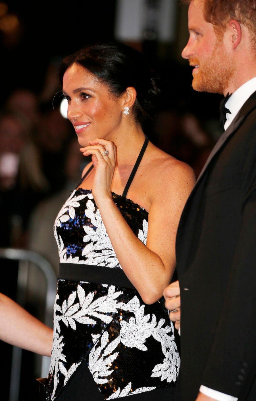 Meghan Et Harry Au Royal Variety Performance ( 2