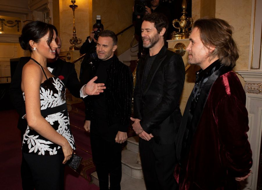 Meghan Et Harry Au Royal Variety Performance ( 6
