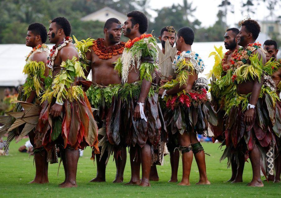 Meghan Et Harry Accueillis Aux Fidji ( 5