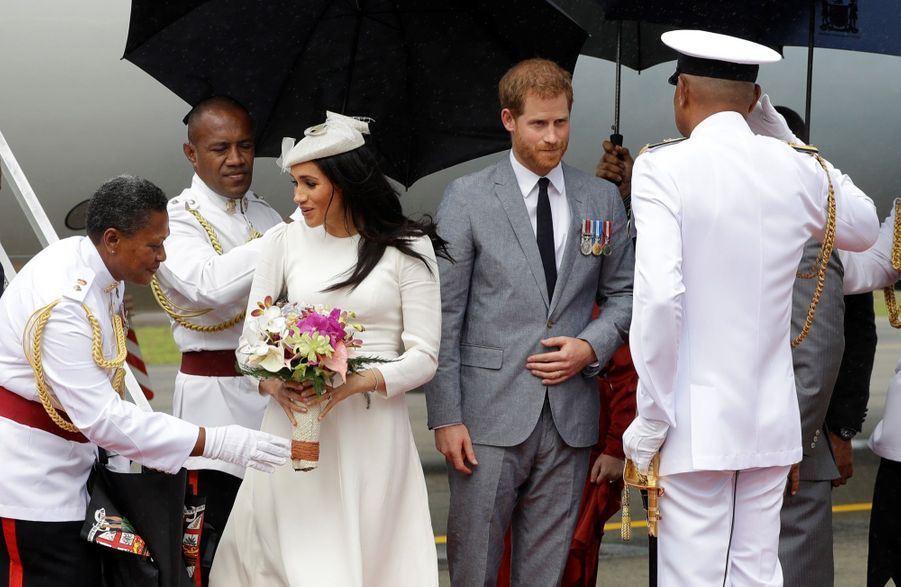 Meghan Et Harry Accueillis Aux Fidji ( 6