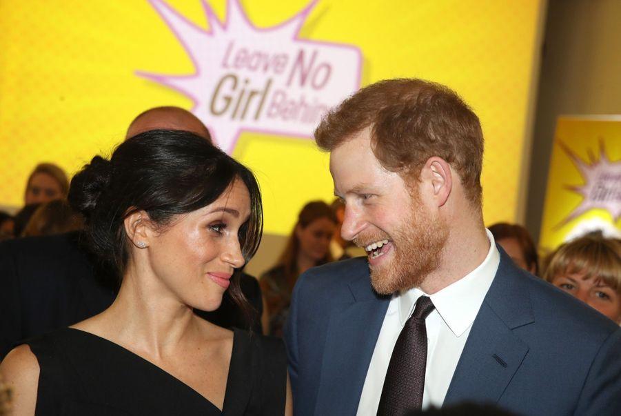 Le Prince Harry Et Meghan Markle En Duo Pour Les Droits Des Jeunes Femmes 12