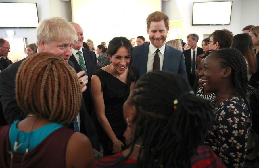 Le Prince Harry Et Meghan Markle En Duo Pour Les Droits Des Jeunes Femmes 20