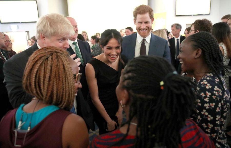 Le Prince Harry Et Meghan Markle En Duo Pour Les Droits Des Jeunes Femmes 9