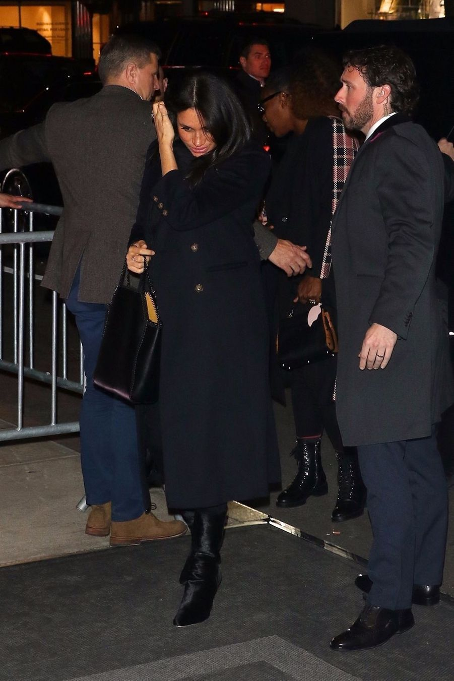 Meghan Markle à la sortie du restaurant The Polo Bar à New York City, le 19 février 2019.