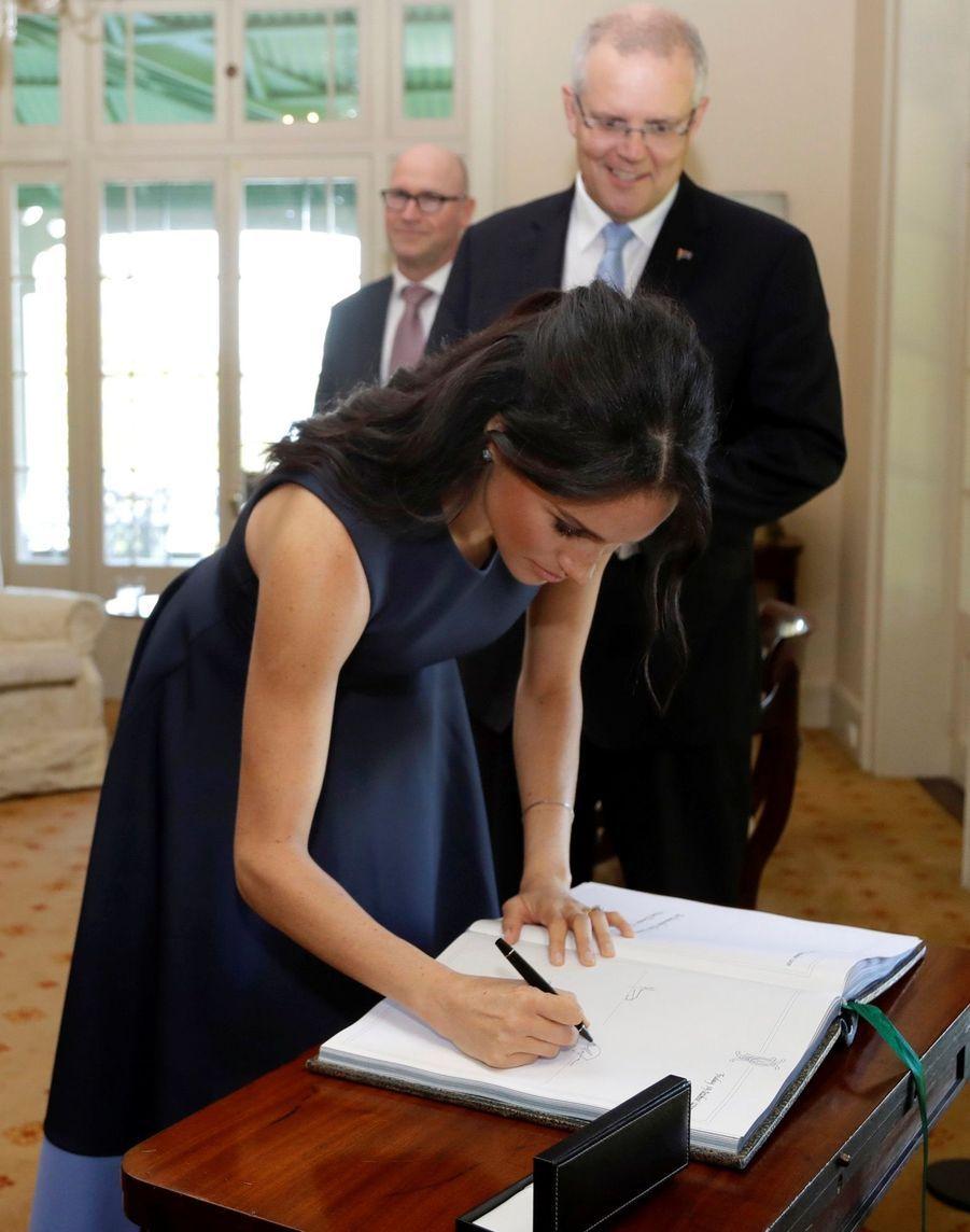 Meghan Et Harry Rencontrent Le Premier Ministre Australien Scott Morrison Et Son Épouse Jenny, À La Kirribilli House, À Sydney ( 1