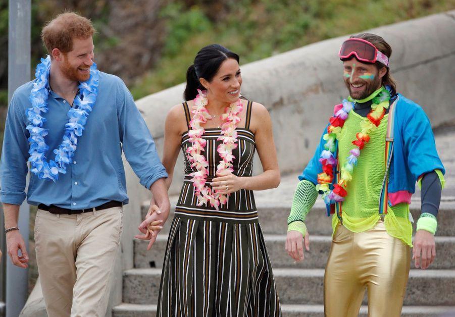 Meghan Et Harry Sur La Plage De Bondi, À Sydney ( 1