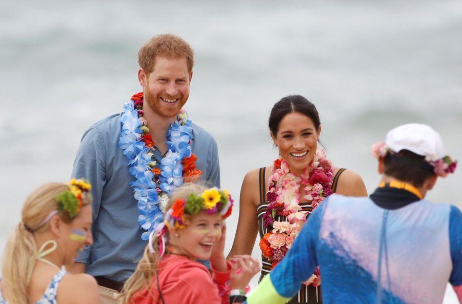 Meghan Et Harry Sur La Plage De Bondi, À Sydney ( 24