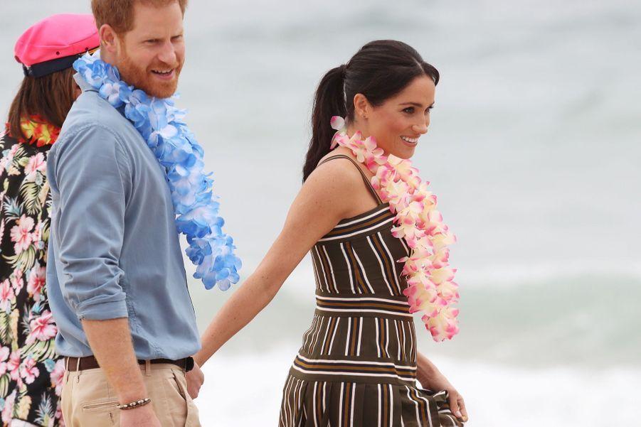 Meghan Et Harry Sur La Plage De Bondi, À Sydney ( 27