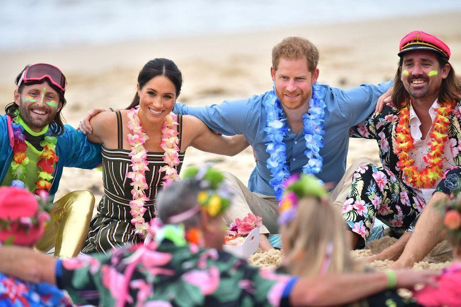 Meghan Et Harry Sur La Plage De Bondi, À Sydney ( 6