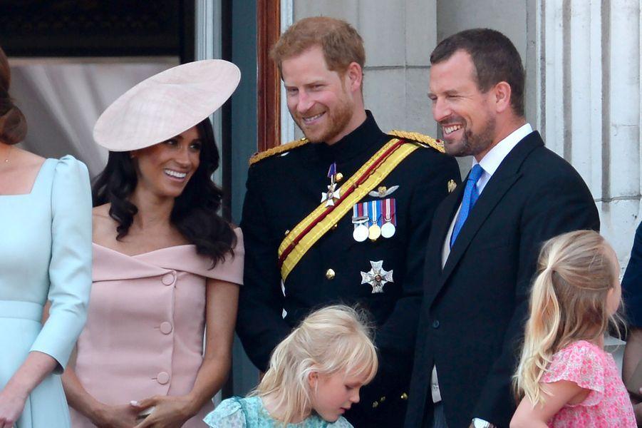 Meghan Markle et le prince Harry sur le balcon de Buckingham