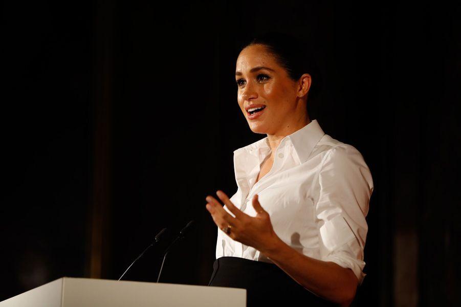 Le duc et la duchesse de Sussex ont honoré de leur présence la cérémonie desEndeavour Fund Awards, ce jeudi soir à Londres.