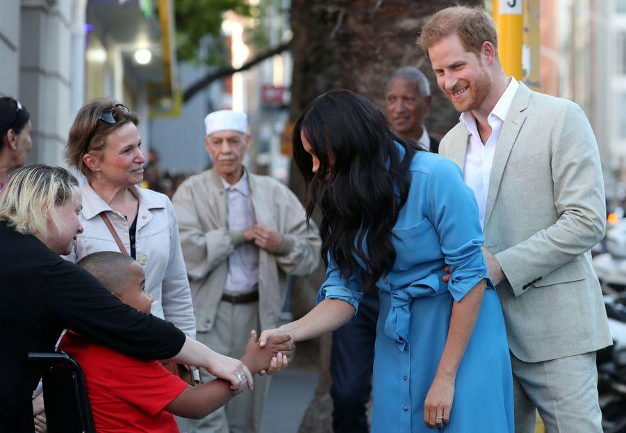 Meghan Markle et le prince Harry en visite au musée duDistrict 6 au Cap en Afrique du Sud le 23 septembre 2019