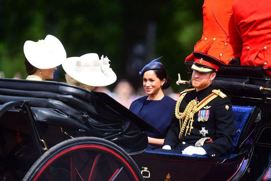 Meghan Markle, le prince Harry, Kate Middleton et Camilla Parker Bowles lors de la paradeTrooping the Colour à Londres le 8 juin 2019