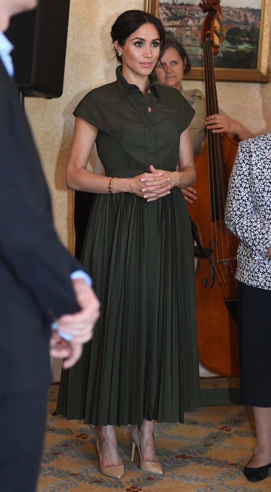 Meghan Markle, dans une robe Brandon Maxwell, en Australie le 16 octobre 2018