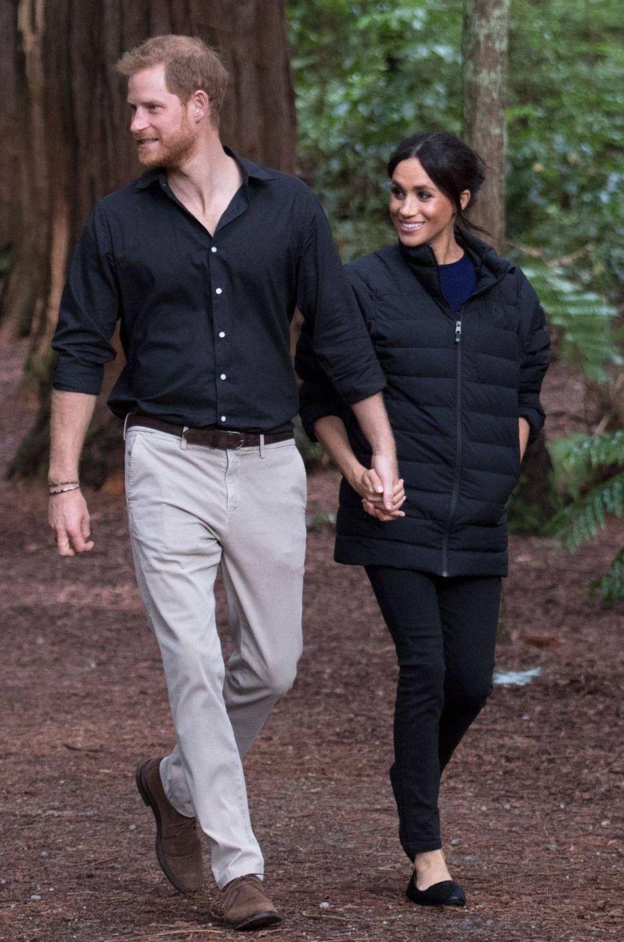 Meghan Markle, dans la veste du prince Harry, en Nouvelle Zélande le 31 octobre 2018