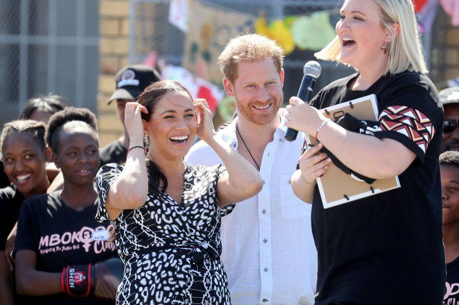 Meghan Markle et le prince Harryen visite au township de Nyanga au Cap en Afrique du Sud le 23 septembre 2019